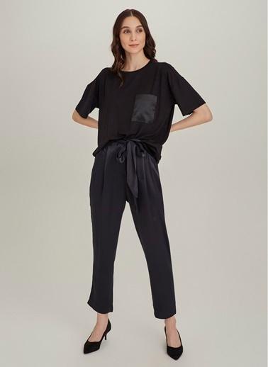 NGSTYLE Saten Cepli Oversize Tişört Siyah